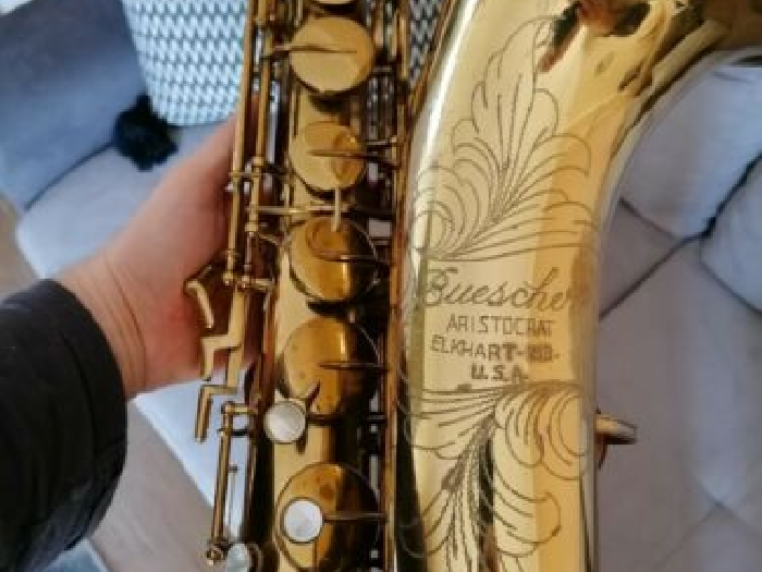 Tenor saxophone Buescher Aristocrat serie III, terrific sound! USA sax vintage
