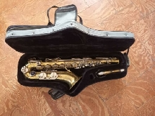 ? TENOR SAXOPHONE + CASE ? Low Shipping Fees -- 26,45? for EU countries!